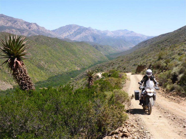 The road into Gamkaskloof Valley (optional ride only)