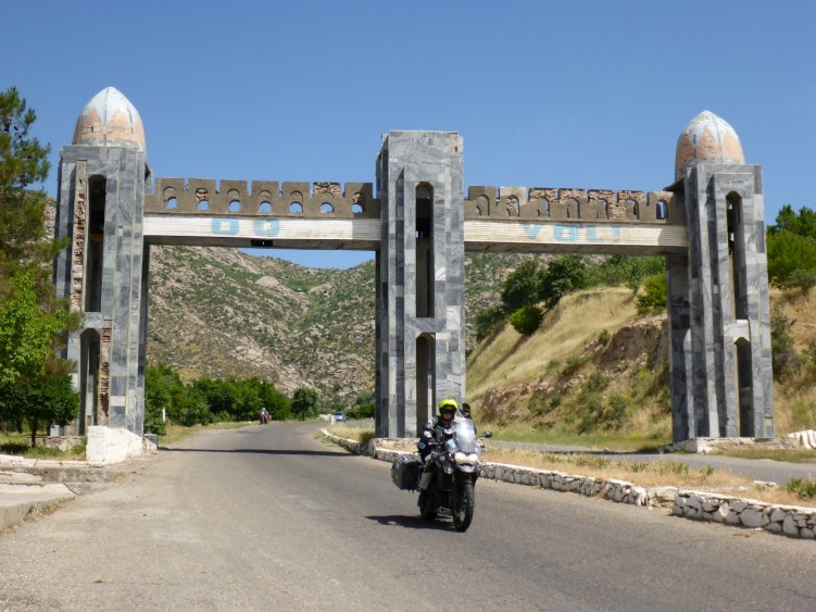 Remnants of Russia, Uzbekistan