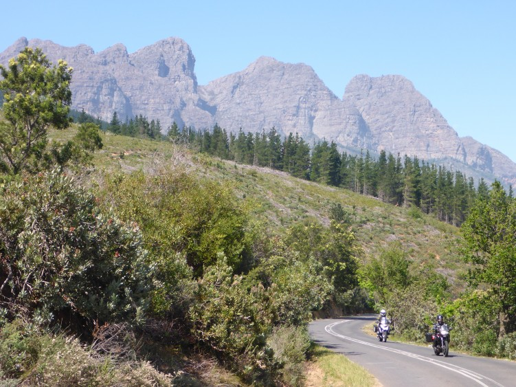 Climbing to Bains Kloof Pass