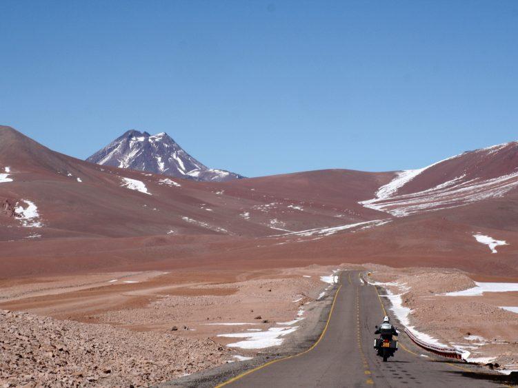 Paso de Jama at 4200m